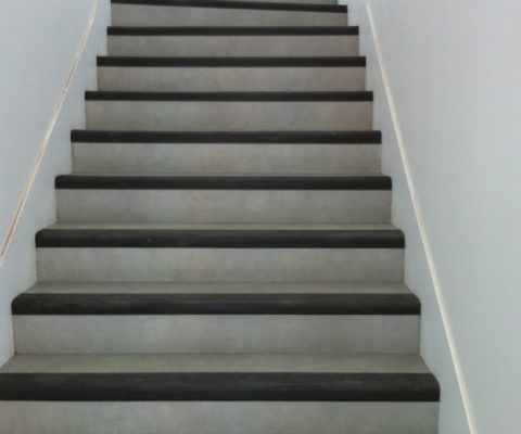 laloi-revetements-de-sols-escalier-marche-intégrale